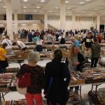 HUGE Book Sale 2016 - Crowds