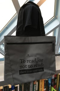 'To Read or Not To Read' Tote
